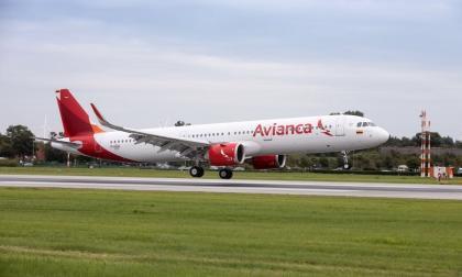 Avianca suspende varias rutas internacionales por la pandemia