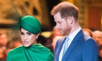 """Reina Isabel dice """"estar triste"""" por declaraciones de Enrique y Meghan"""