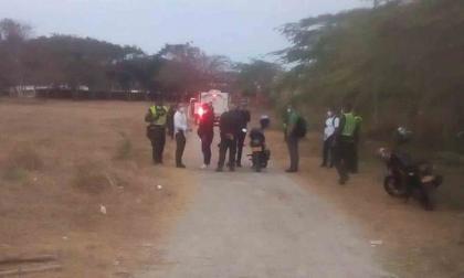 Asesinan a joven a puñaladas en la vía a Galapa