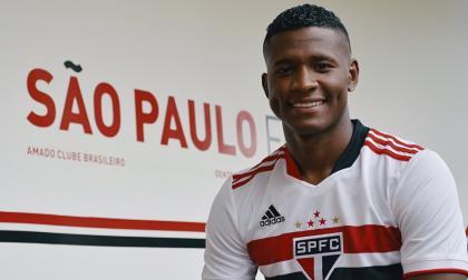 El lateral colombiano Orejuela es presentado como refuerzo del Sao Paulo