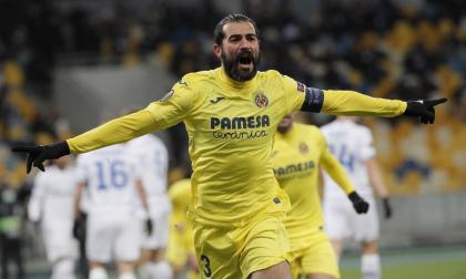 Los centrales impulsan el triunfo del Villarreal en la Liga de Europa