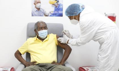 Van 10.000 personas vacunadas contra covid en Cartagena