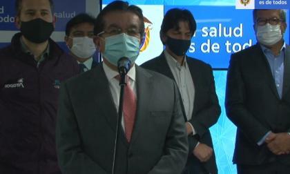 Bogotá fija pico y cédula para vacunación de mayores de 80