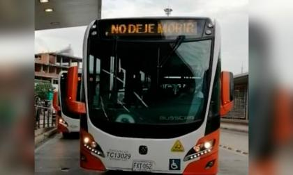 Mensaje que apareció en buses de Transcaribe agudiza la crisis en Cartagena
