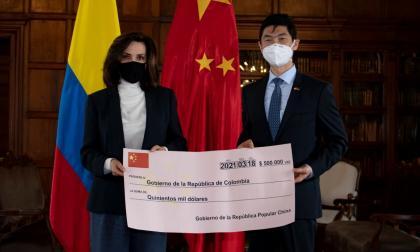 China dona 500 mil dólares para la reconstrucción de San Andrés