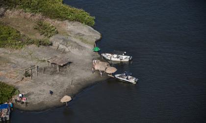 Policía y Armada aumentan vigilancia en Isla Salamanca