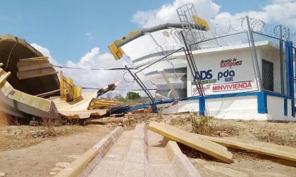 Bossa Navarro, en Sucre, incomunicado y sin agua