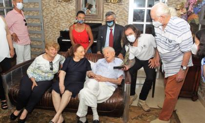 Chelo De Castro recibe premio a 'Una vida en el deporte'