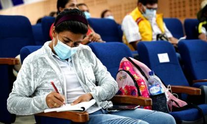Comienza diálogo con docentes de Bolívar que perdieron concurso de mérito