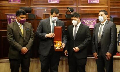 Homenaje póstumo en el Congreso a Jorge Oñate