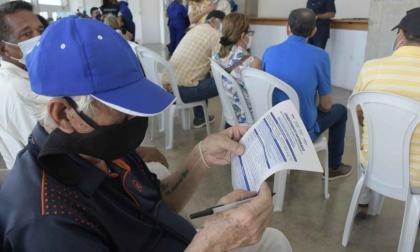 Adultos mayores de Soledad, a aplicarse la segunda dosis contra la covid-19