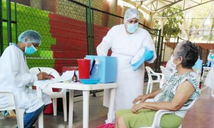 Sincelejanos acogen el llamado a vacunarse