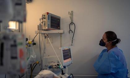 Las alertas de gremios médicos ante el crecimiento de contagios