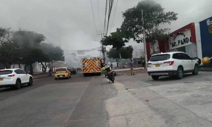 Bomberos controlan conato de incendio en el norte de Barranquilla