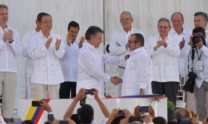 Santos dice que prioridad de Biden con Colombia es la paz