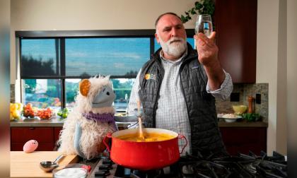 El chef español que aparece en la serie de Michelle Obama