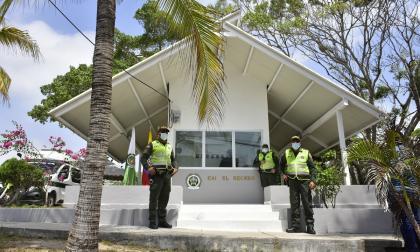 Dos CAI de la Policía fueron remodelados por la Alcaldía de Barranquilla