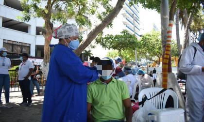 Masiva toma de muestras de covid-19 en El Rodadero