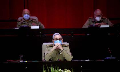Raúl Castro anuncia su retiro como líder del Partido Comunista de Cuba