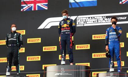 Verstappen gana el GP de la Emilia Romaña; Hamilton llega segundo en Imola