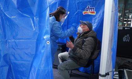 OMS: descensos de casos comienzan a notarse a partir de un 50 % de vacunados