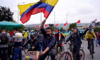 Multitudinarias marchas en segundo día de paro nacional