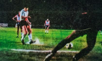 El primer Junior-River se jugó en 1981 en el estadio Romelio Martínez