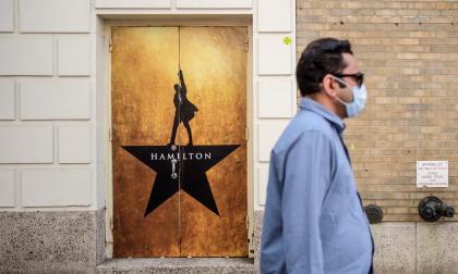 Musicales vuelven a subir el telón en Broadway