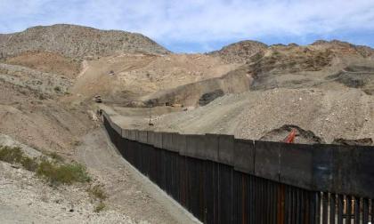 Cinco niñas migrantes fueron abandonadas en la frontera de EE. UU y México