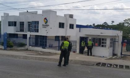 Encapuchados arremetieron contra la Secretaría de Tránsito en Sincelejo