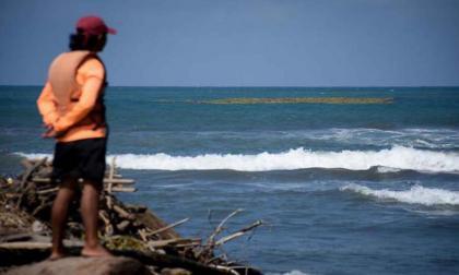 Aparece cuerpo de hombre que fue arrastrado por el mar en Salgar