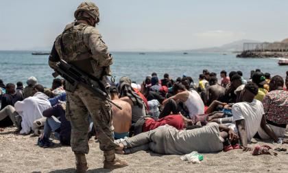 España rechaza ingreso masivo de marroquíes