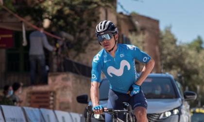 Miguel Ángel 'Supermán' López es líder de la Vuelta a Andalucía