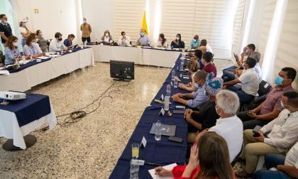 Duque anuncia medidas para reactivar y desbloquear Buenaventura
