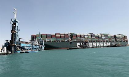 Ever Given encalló porque entró torcido y a alta velocidad: Canal de Suez
