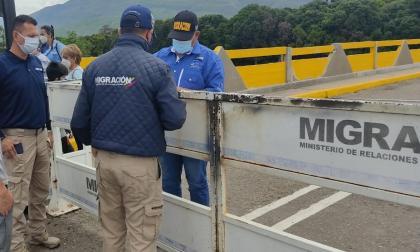 Gobierno habilita pasos fronterizos con Venezuela