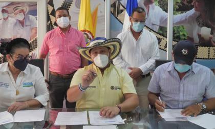 Firman convenio para optimizar el acueducto en Valencia, sur de Córdoba