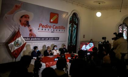 """Advierten sobre """"amenaza de golpe"""" tras elecciones en Perú"""