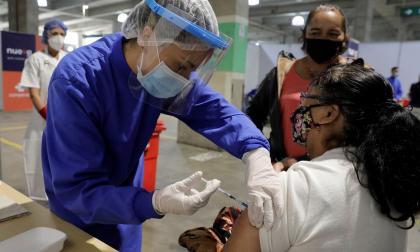 Barranquilla y Atlántico, listos para iniciar nueva fase de vacunación de 45 a 49 años