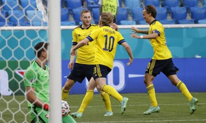 Suecia superó a Polonia y pasó como primera del grupo E