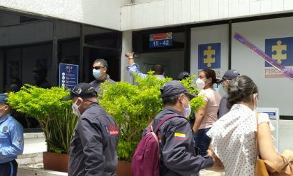 Casa por cárcel a implicados en el 'cartel del comparendo'