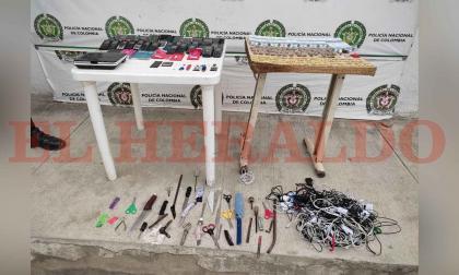 Hallan drogas, celulares y armas en centros carcelarios de Santa Marta
