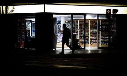 La pandemia y los altos precios dejan a millones sin alimentos, según el PMA