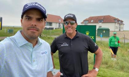 'Pipo' Celia comparte con Phil Mickelson previo al Abierto Británico de Golf