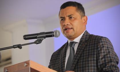 Se requiere regular los servicios que prestan los exmilitares: Rafael Guarín