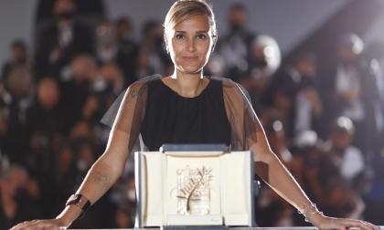directora francesa gana la Palma de Oro