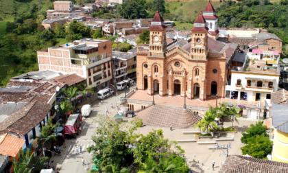 Investigan masacre de cuatro personas en Antioquia