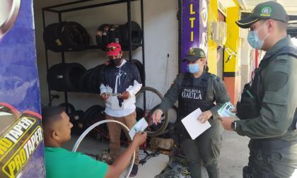 Gaula se toma Zona Bananera para prevenir el 'falso servicio'