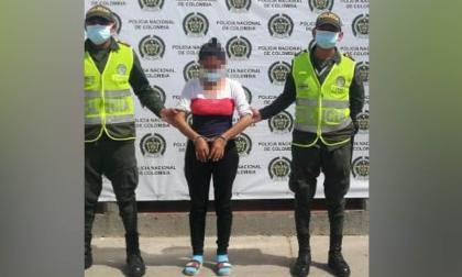 Policía captura a mujer que agredía a su pareja en Maicao