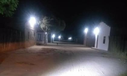 Después de 120 años habitantes de Martinete tienen energía eléctrica